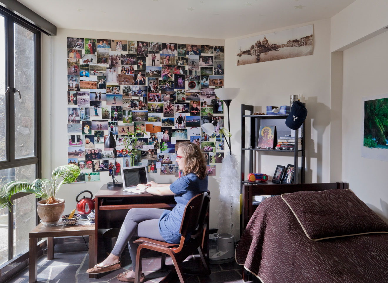 Ezra Stiles Dorm Room