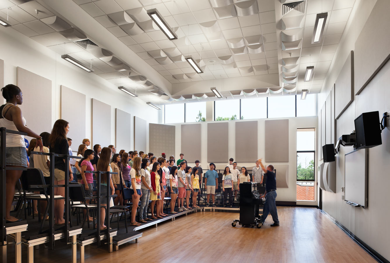 <p>On the same level as the Meeting Room, the choral practice room makes use of carefully specified acoustic features and sound-proofing. <br><small>© Michael Moran/OTTO</small> </p>