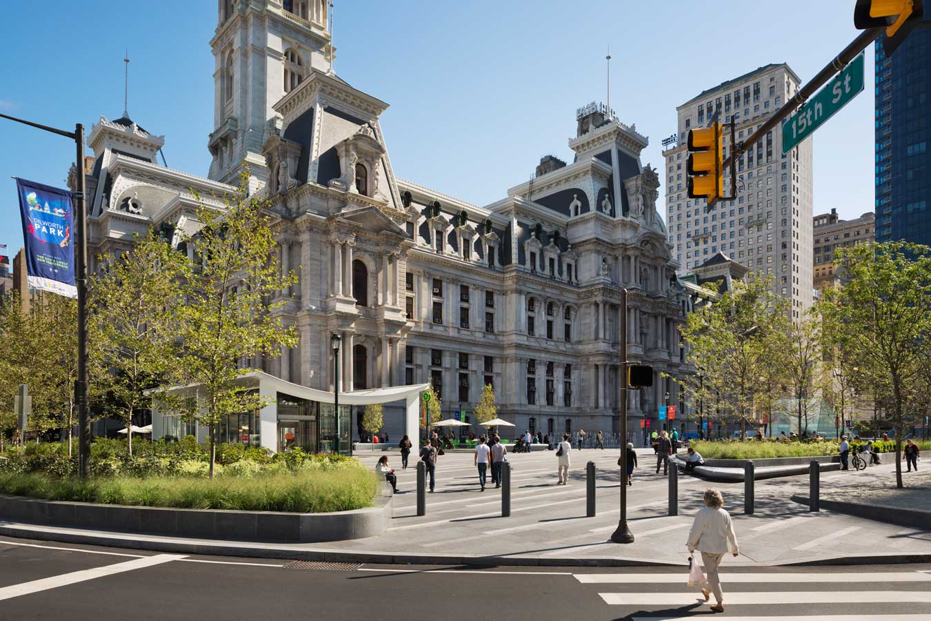 <p>In the new scheme, usable area increases by 21 percent. Multiple levels are eliminated, creating an even surface for the entire plaza, on grade with City Hall. The approach becomes more pedestrian-friendly, and a ring of trees at the periphery defines a boundary to create an oasis within the busy center of the city. <br><small>&copy; James Ewing Photography</small></p>