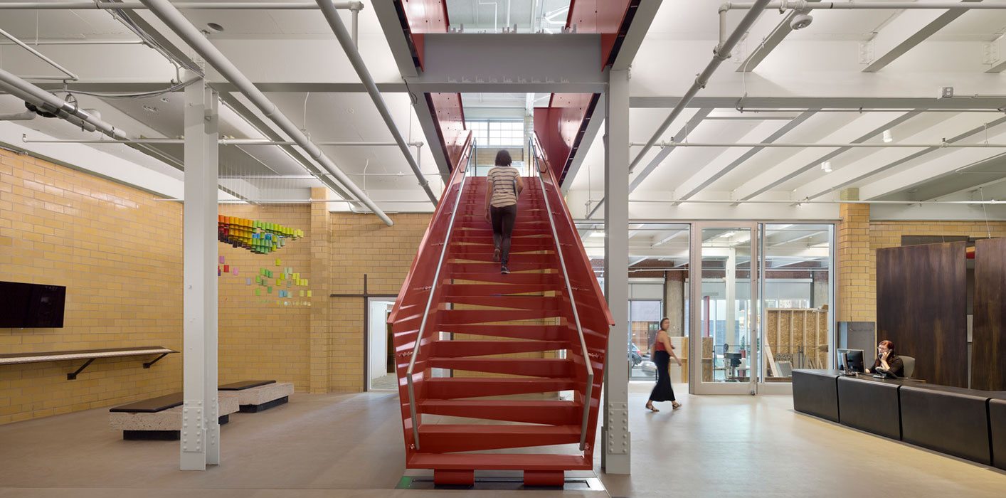 <p>KieranTimbrelake transformed a former bottling plant into a flexible and sustainable studio well-suited to 21st century workflows. <br><small>&copy; Michael Moran/OTTO</small></p>
