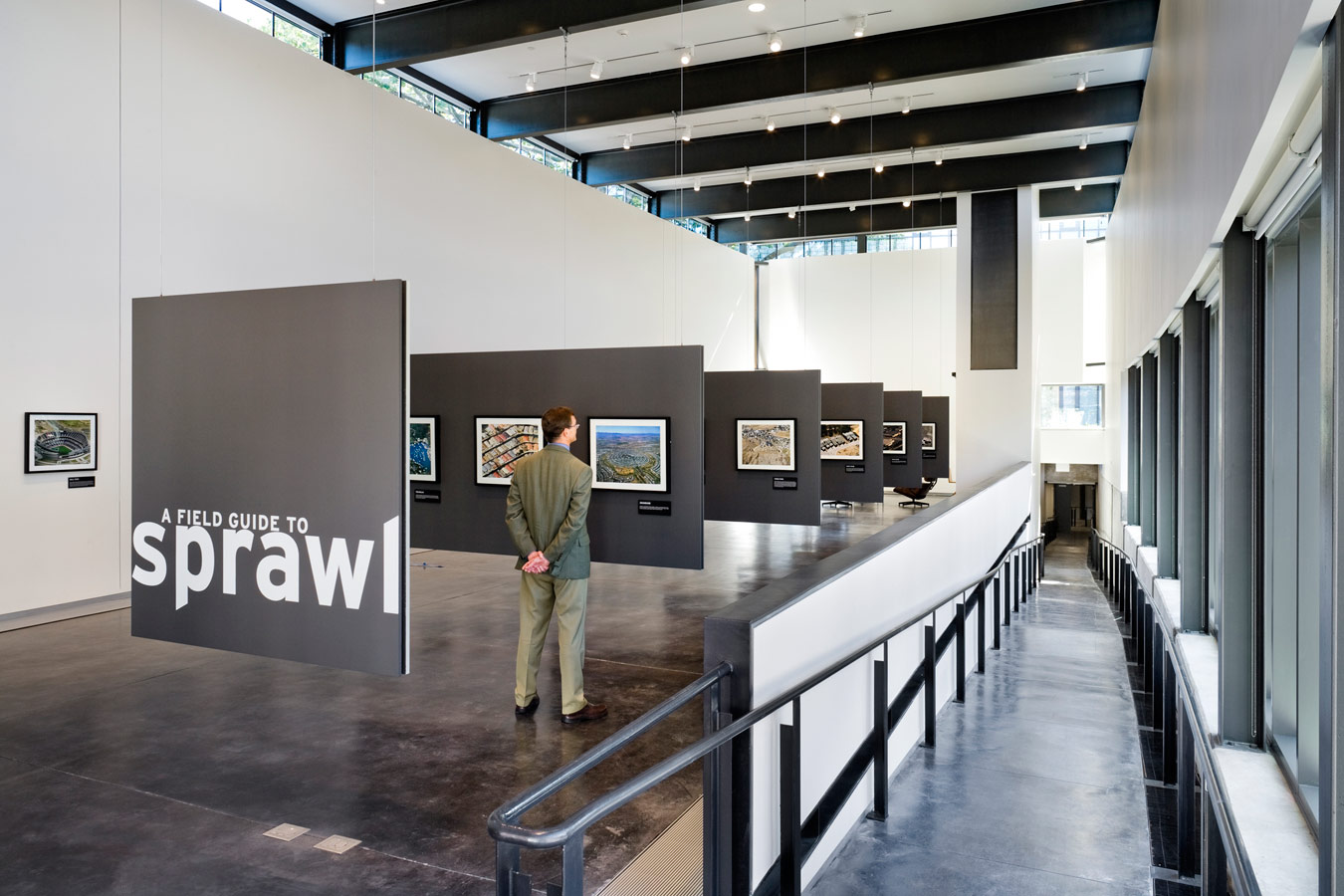<p>The gallery offers a new forum for exhibiting work by students, faculty, and special guests of the School of Art. <br><small>© Peter Aaron/OTTO</small></p>
