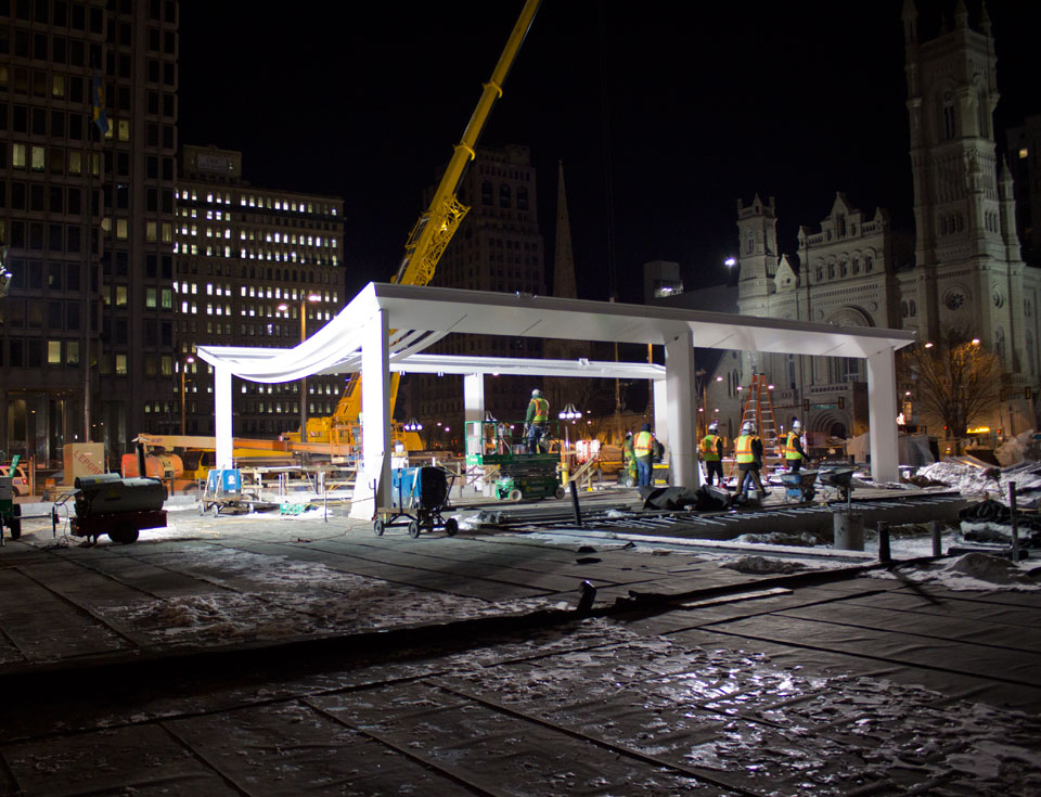 A 300-ton crane lifted the steel pieces into place for assembly of the new cafe at Dilworth Plaza.